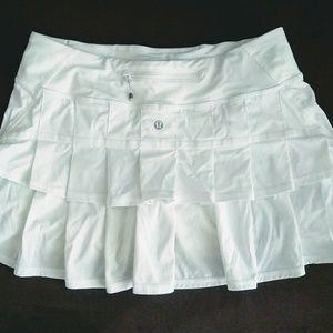 Lululemon athletica white ruffle tennis skirt